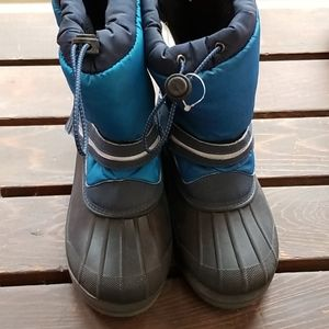 Lands End used snow boots